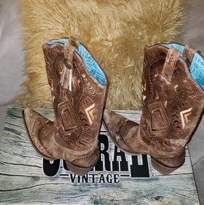 Ladies sz 8.5 boots